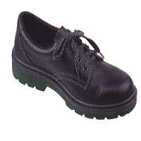 Для чего нужна антистатическая обувь